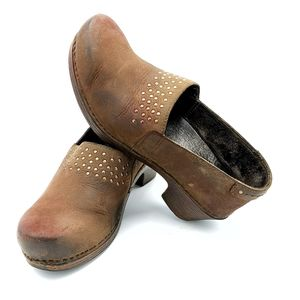 Dansko clog with 2 inch heel